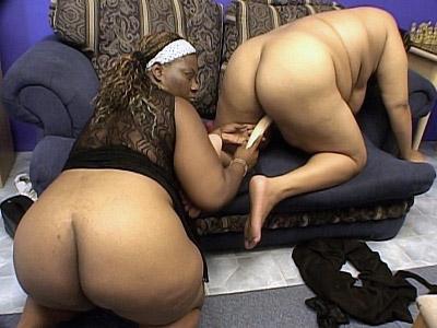 Toy Fucked Ebony BBW Snapps